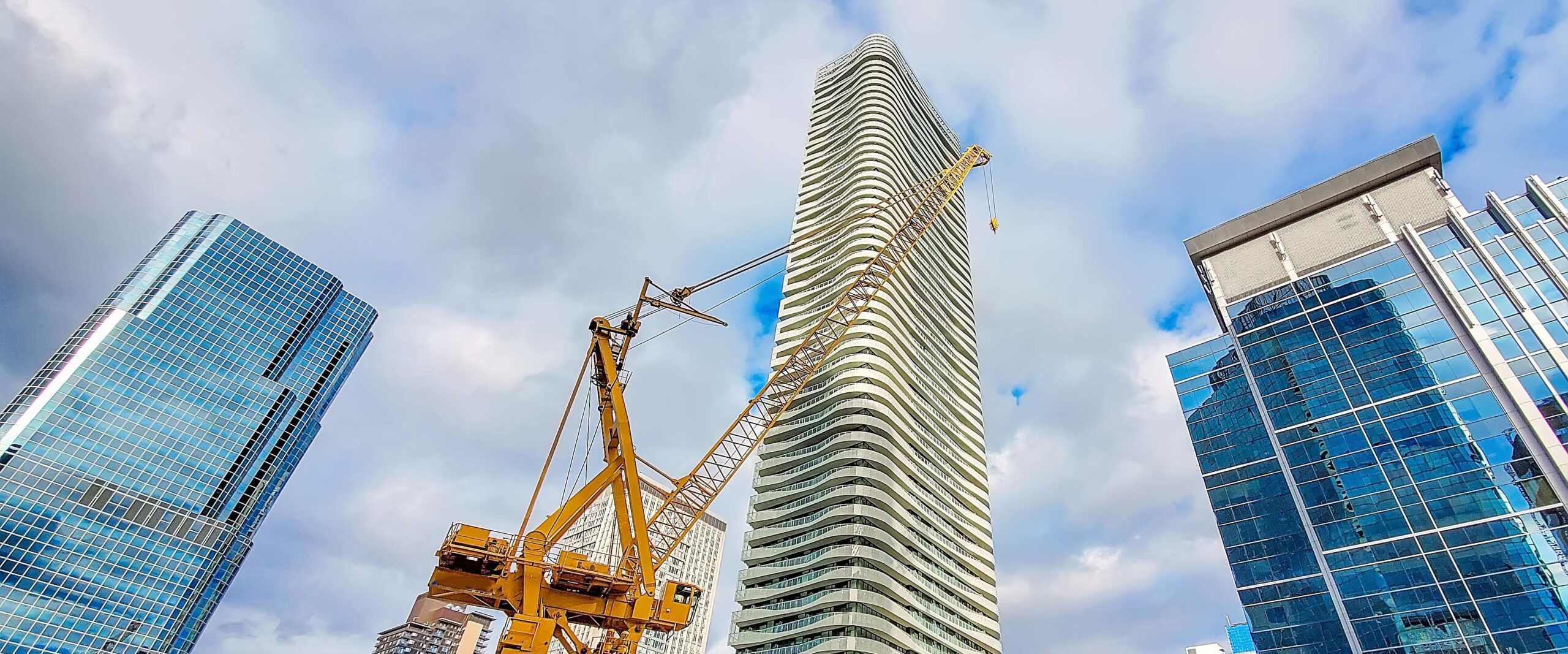 Construction of the luxury condominium in the heart of а city downtown at a premium location near financial center and main tourist attractions